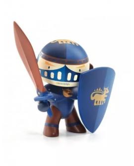 arty toys Terra Knight