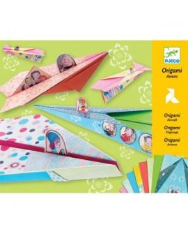 Origami : avions pastel